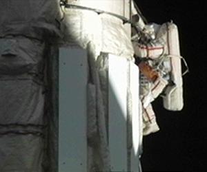 exp-25-fyodor-yurchikhin-iss-spacewalk-lg.jpg