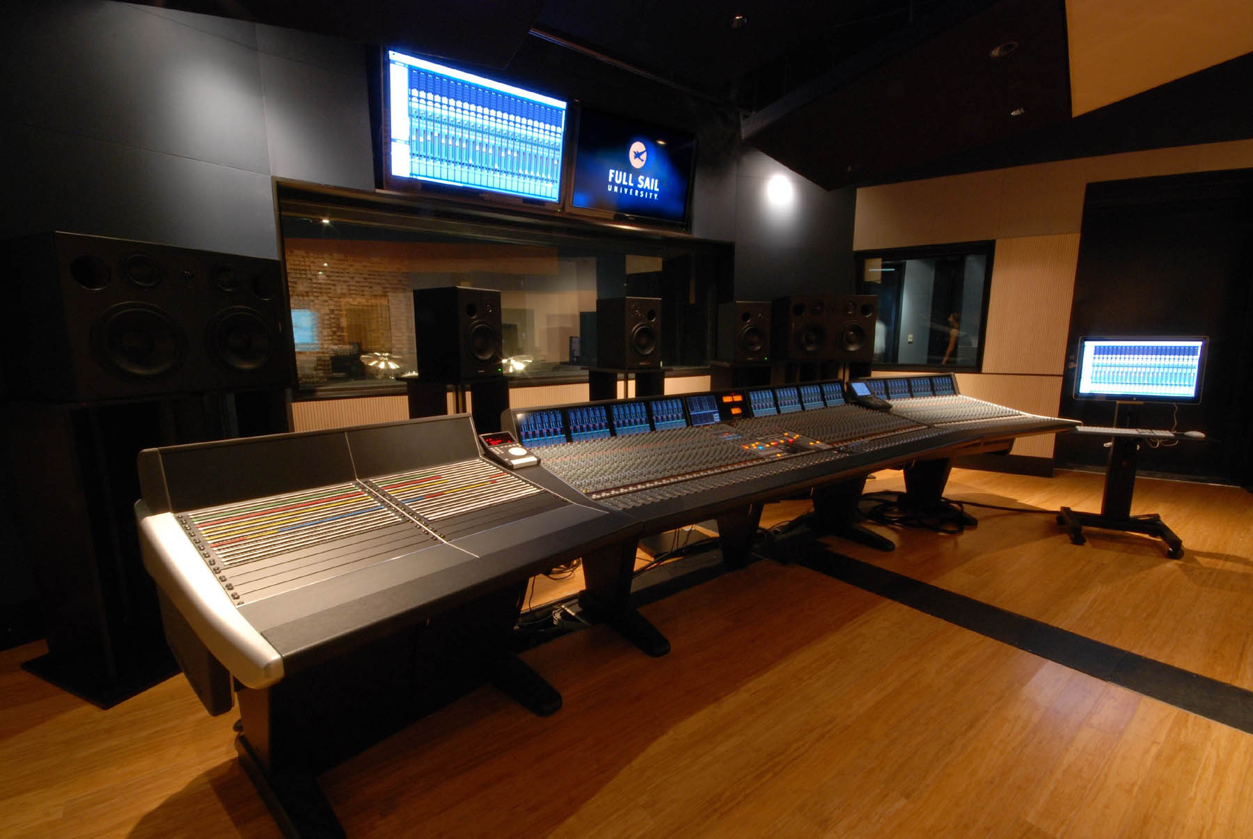Audio-temple.jpg
